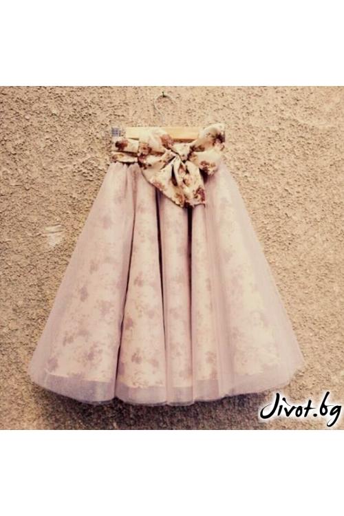 Дамска пола от опушено розов тюл и колан с флорални мотиви / Cherie Marie