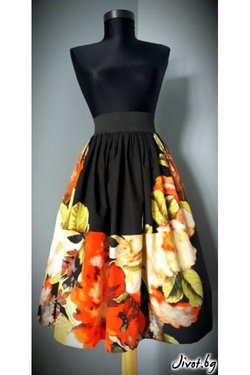Дамска пола на цветя с ластик на талията / Райна Косовска за MUSE SHOP
