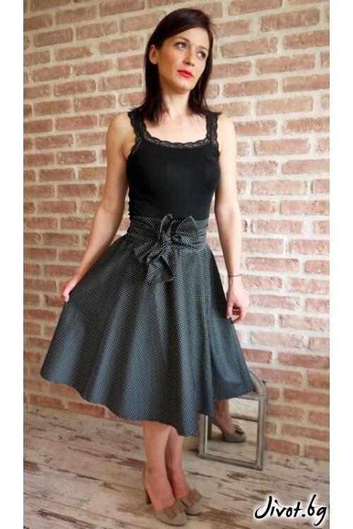 Черна дамска пола на точки и голям колан / Свeтла Ангелова за MUSE SHOP