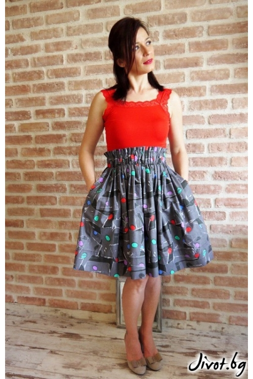 Дамска пола с цветни кръгове, ластик на талията и скрити джобове / VERNE