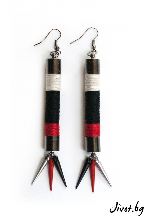 Черни дамски обеци в комбинация със слонова кост и червено/KIA FIL STUDIOS
