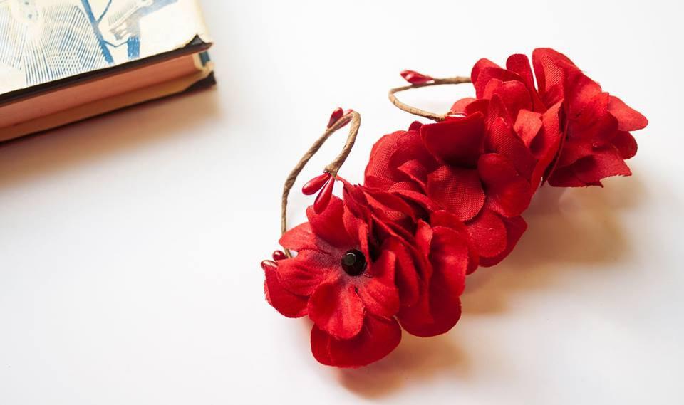 """Червена шнола за коса """"Red Beauty""""/Forget-me-not"""