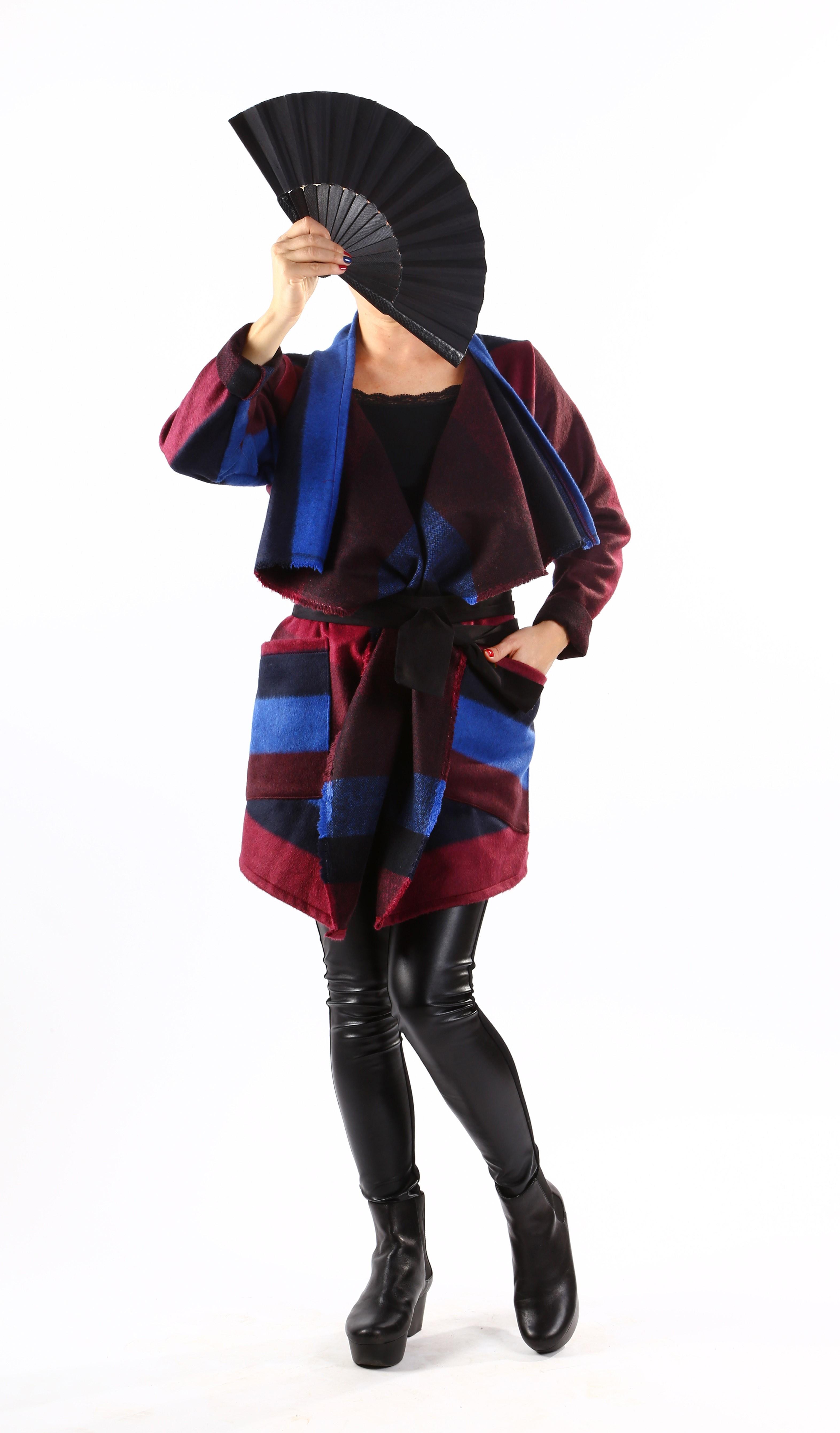 Красива жилетка в есенни тонове с черен колан / VЯRA за MUSE SHOP