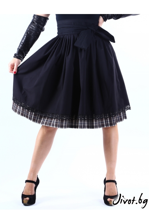 Дамска черна пола с два пласта и бордюр от дантела / VERNE
