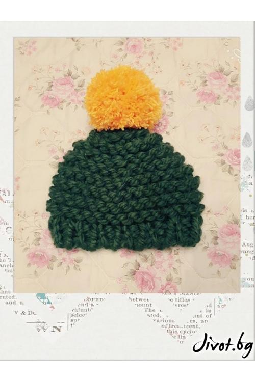 Дамска плетена шапка в зелено и жълто / Cherie Marie