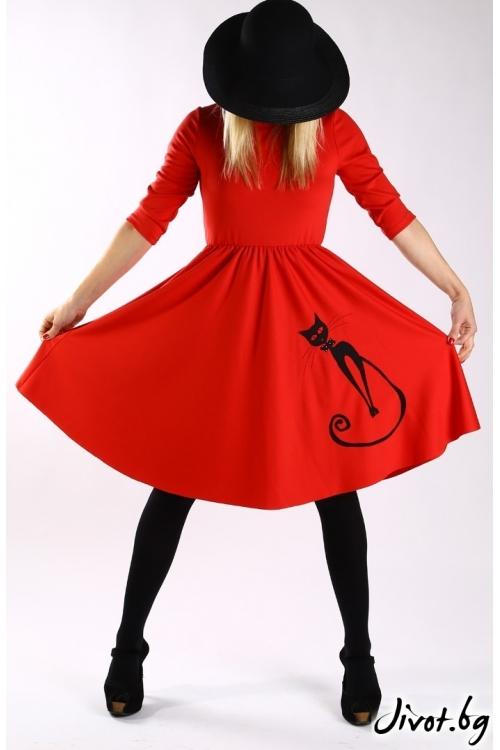 Червена клоширана рокля с апликация черна котка / Бари Сарвари за MUSE SHOP
