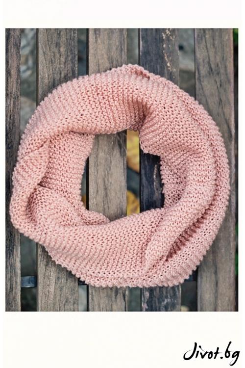 Деликатен дамски шал в цвят пепел от рози / MAMURI Handmade studio