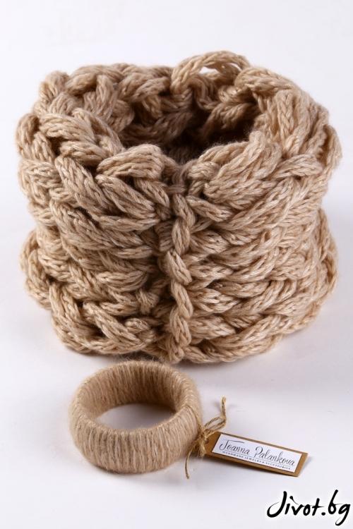 Комплект бежов дамски ръчно изработен шал и гривна / Joanna Palankova