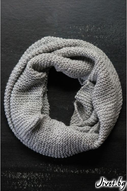 Светло сив ръчно плетен шал / MAMURI Handmade studio