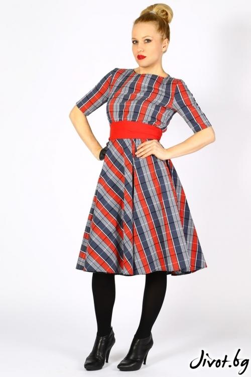 Дамска рокля клош на каре / Светла Ангелова за MUSE SHOP