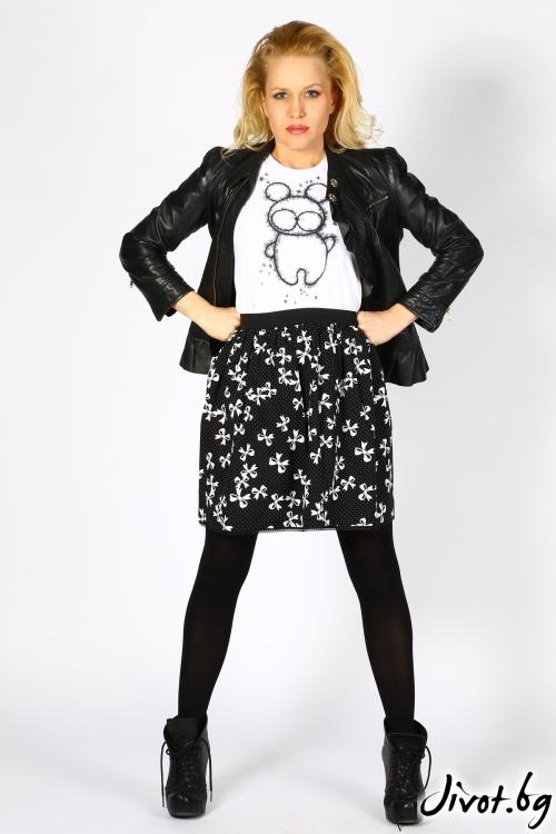 Дизайнерска дамска черно-бяла пола с дантела / Cherie Marie