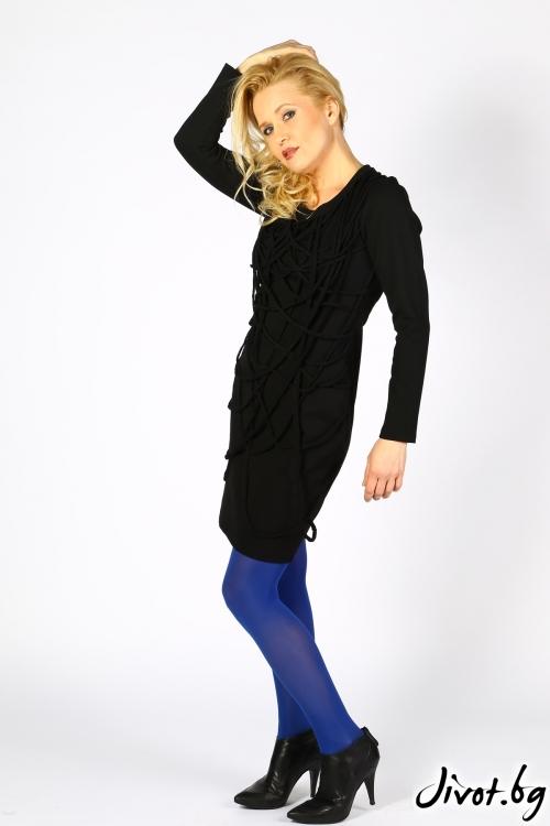 Kъса дамска рокля с дълъг ръкав в черно / Polina Petrova