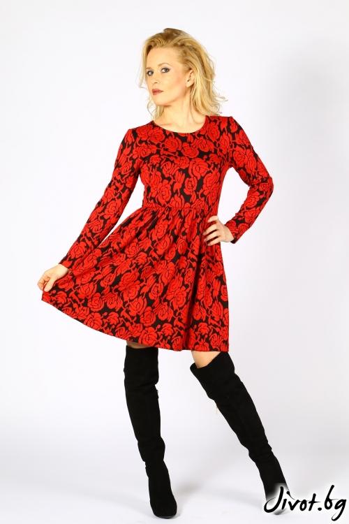 Червена дамска рокля с дълги ръкави / Polina Petrova