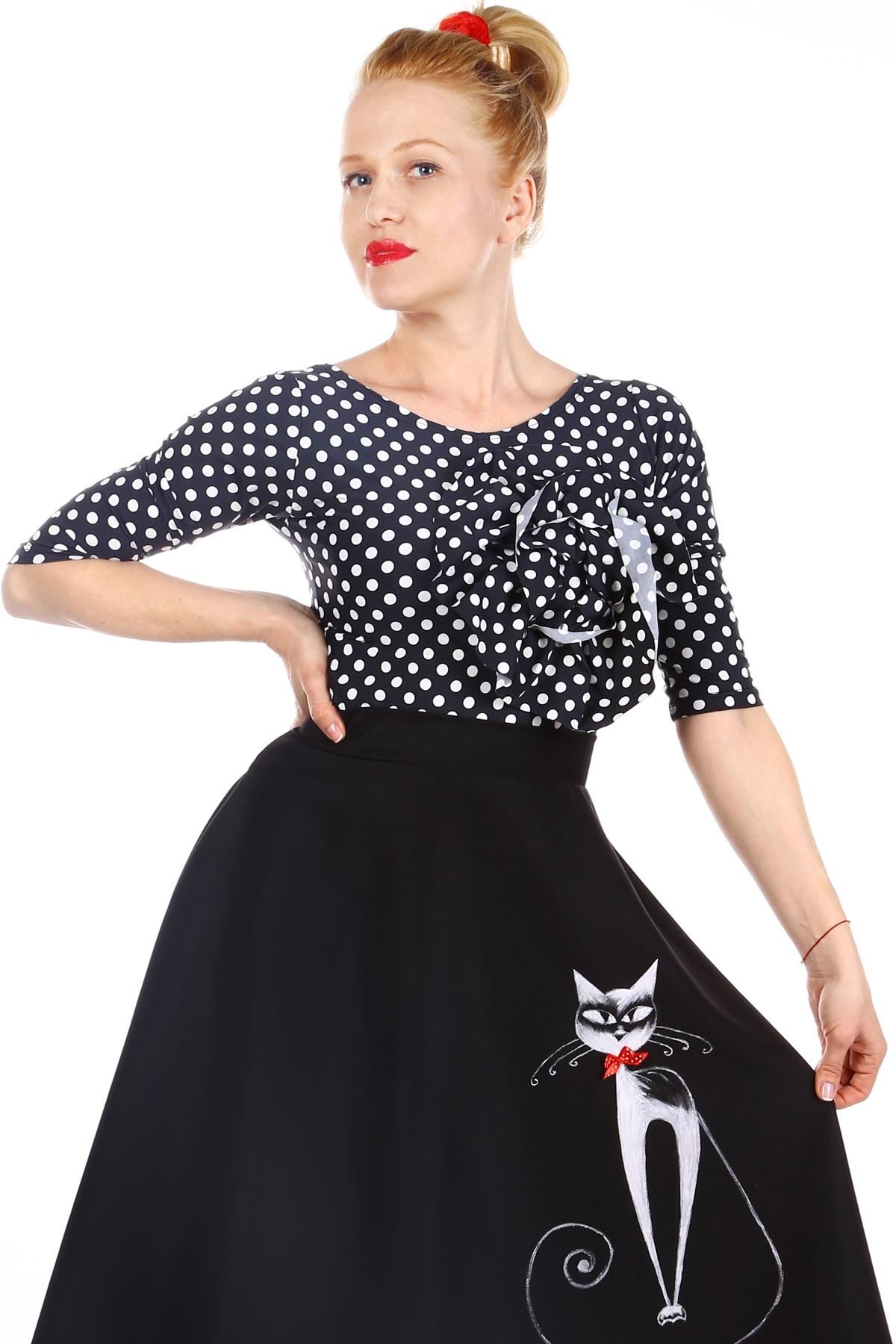 Дамска черна блуза на бели точки с декорация / SHOP MY J