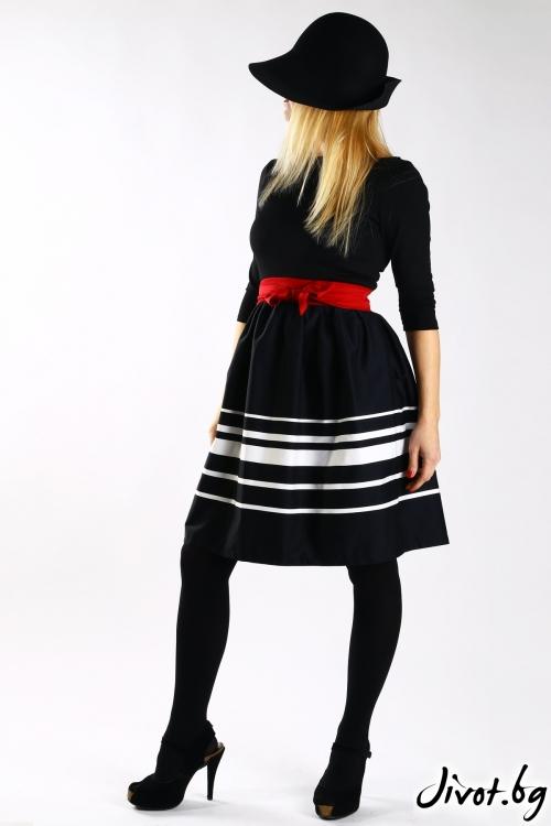 Черна рокля с бял кант и червен колан / VЯRA за MUSE SHOP
