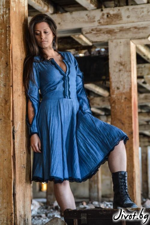 Дамска рокля от мек деним с дантела / ALENIA