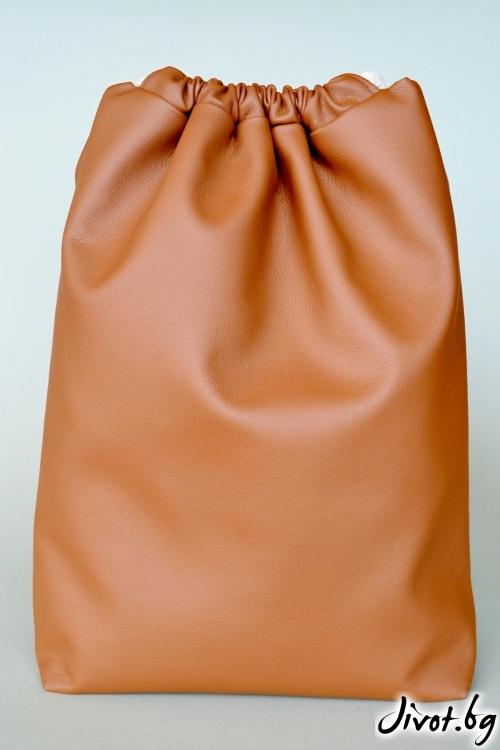 Кафява дамска раница от еко кожа / Joanna Palankova