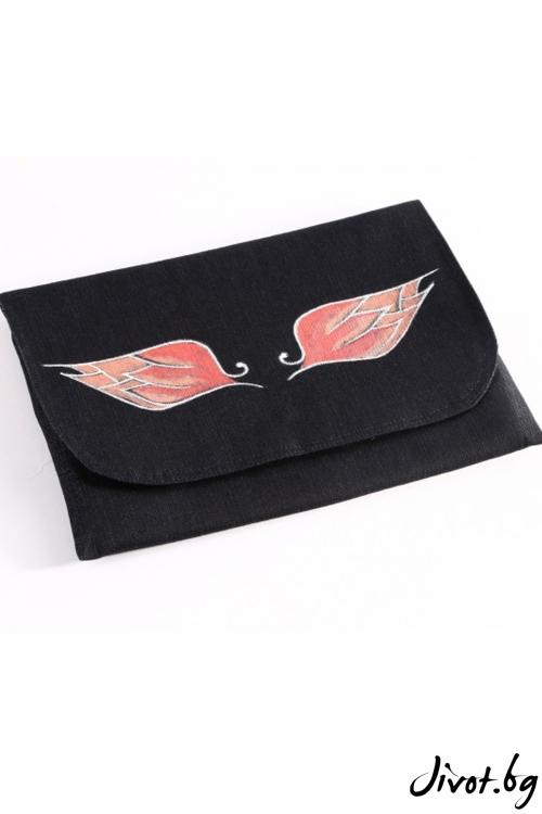 "Красива дамска чанта-плик ""Крилата на Икар"" в нежно оранжево"