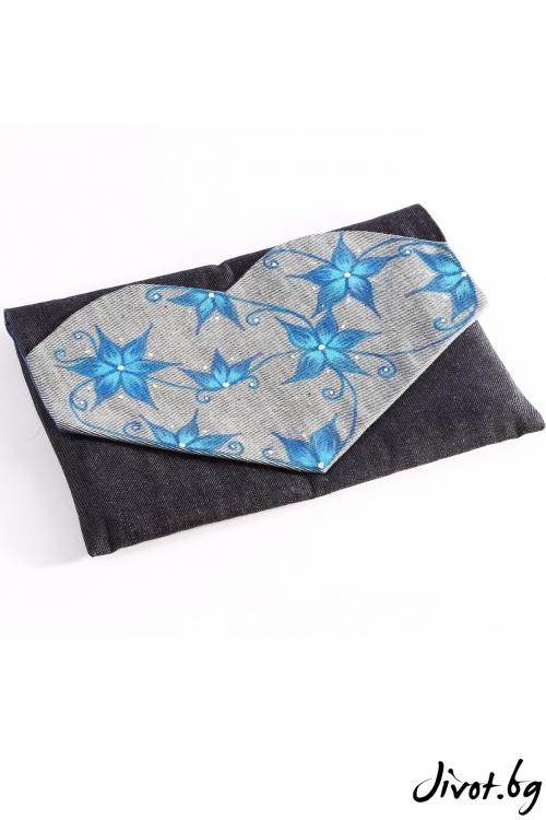 """Ръчно-изрисувана чанта със светло сини цветя """"Приказна градина"""""""