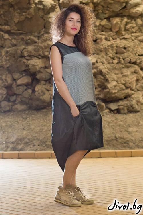 Асиметрична рокля от деним / GUGOSHEVA