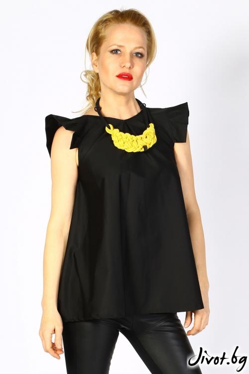 Черна дамска блуза с красиви малки ръкави / LALLA
