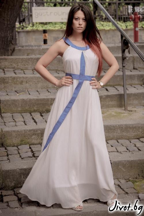 Дълга бяла рокля от солей / ALENIA