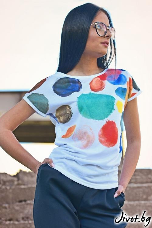 Бяла дамска тениска с дизайнерски принт / Lila Style House