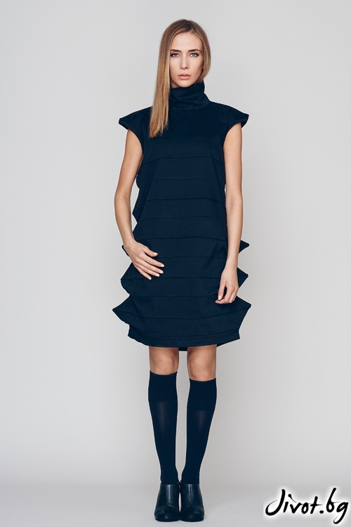 Къса черна рокля / Maria Queen Maria
