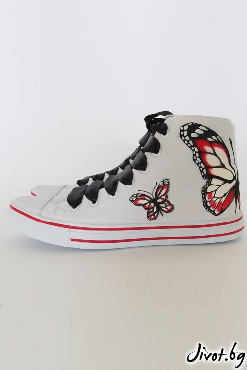Дамски кецове с ръчно рисувана пеперуда / FETSKI