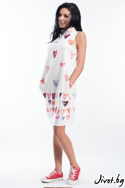 Дамска рокля без ръкави с принт на сърчица / MY MAGENTA