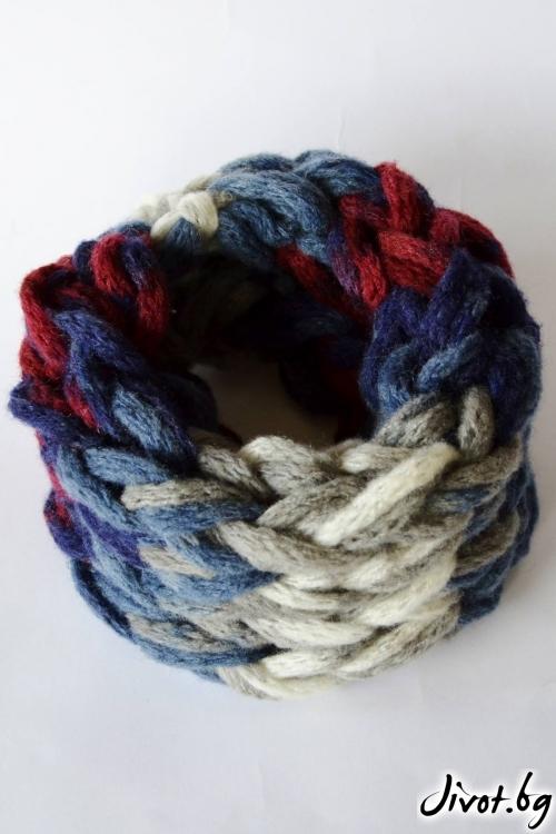Ръчно плетен шал в синьо, бордо, сиво и екрю / Joanna Palankova