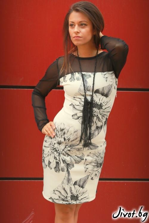 Къса дамска рокля с цветя / ALENIA