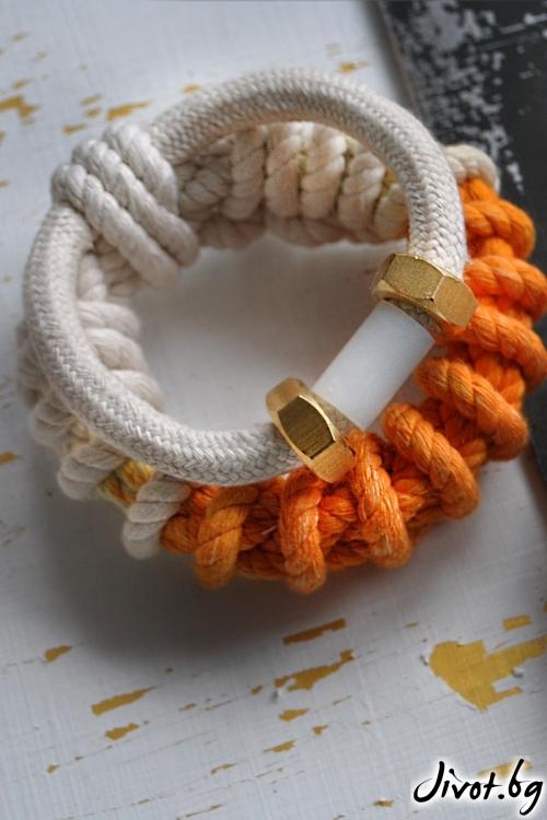 Плетена гривна / На изчезване
