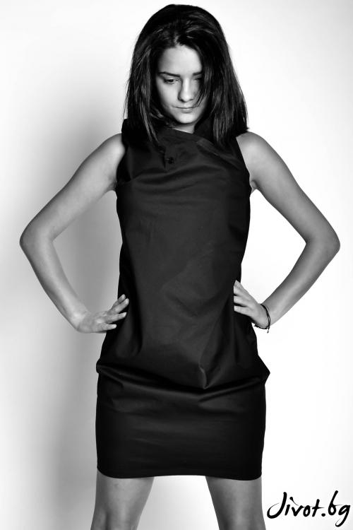 Асиметрична рокля без ръкави / EXPERIMENT