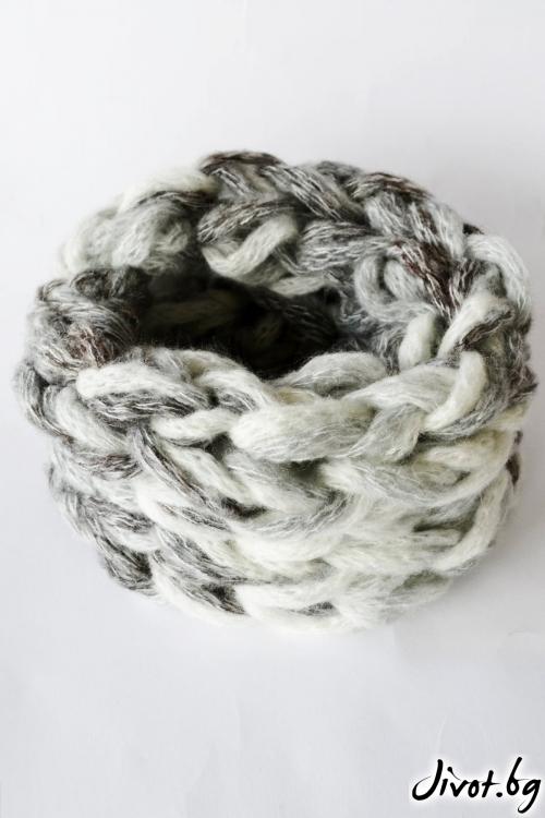 Дамски шал яка в сив меланж, ръчно плетен / Joanna Palankova