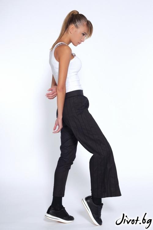 Дизайнерски черен панталон / пола / Maria Queen Maria