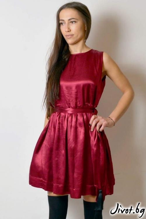 Дамска рокля коприна / VESTITI