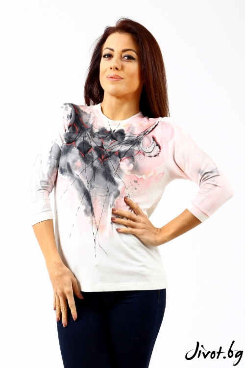 Ръчно изрисувана дамска блуза / Décollage