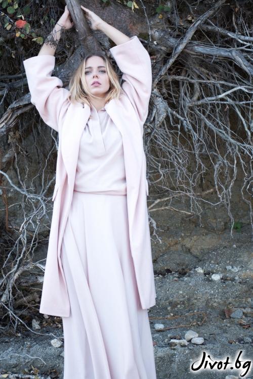 Дамско палто от судена вълна в нежно розов цвят / M2V