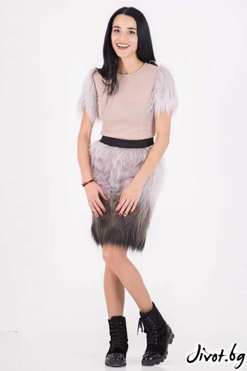 Блуза от неопрен цвят пудра