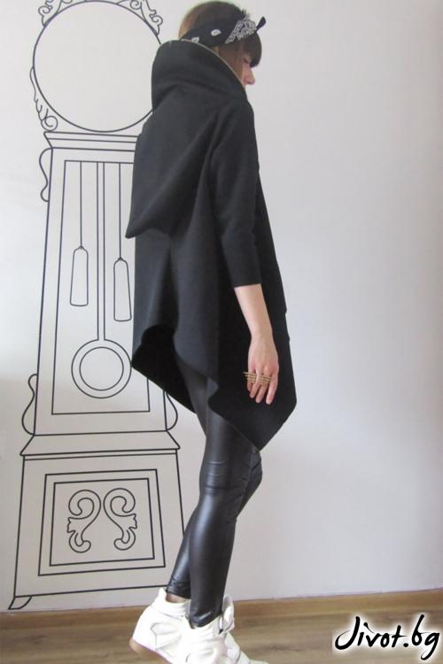 Екстравагантен черен асиметричен суитшърт / FABRA MODA STUDIO