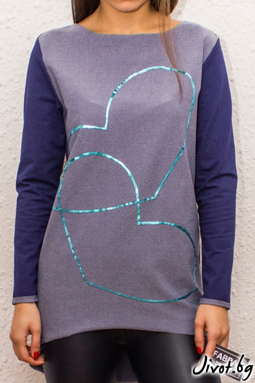 Асиметрична двуцветна блуза с дълги ръкави и апликация от кожени сърца / FABRA MODA STUDIO