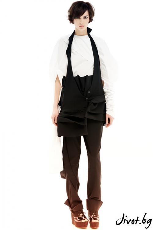 Черен и много оригинален панталон с висока талия / Maria Queen Maria