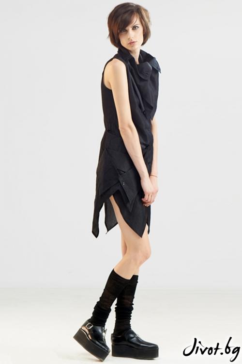 Черна ленена риза с къс ръкав и голяма яка / Maria Queen Maria