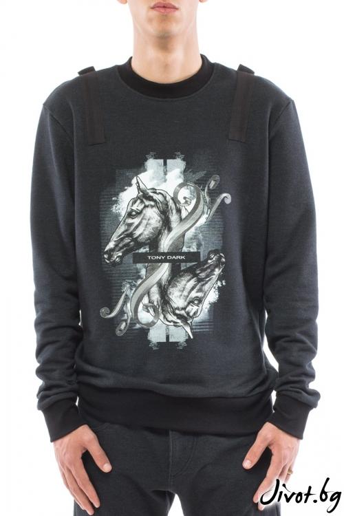 Черна блуза с дълъг ръкав и принт кон / TONI DARK