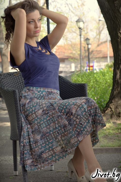 Дамска пола с флорален мотив / Alenia