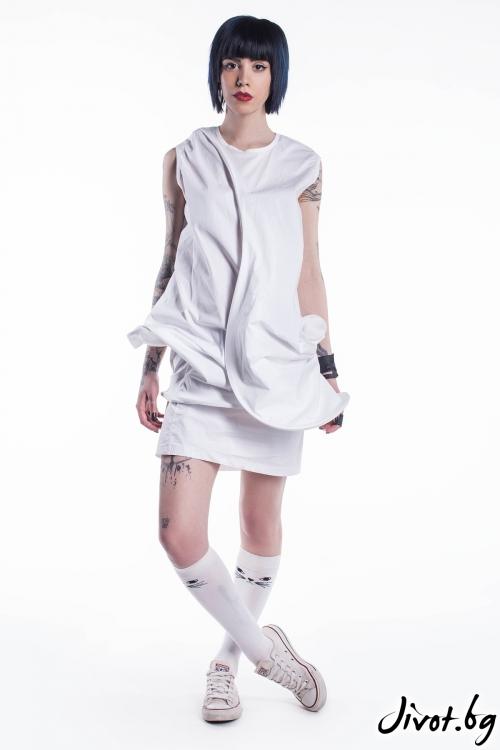 Ефектна къса бяла рокля / Maria Queen Maria