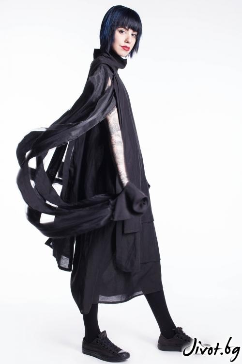 Деконструктивна черна рокля / Maria Queen Maria