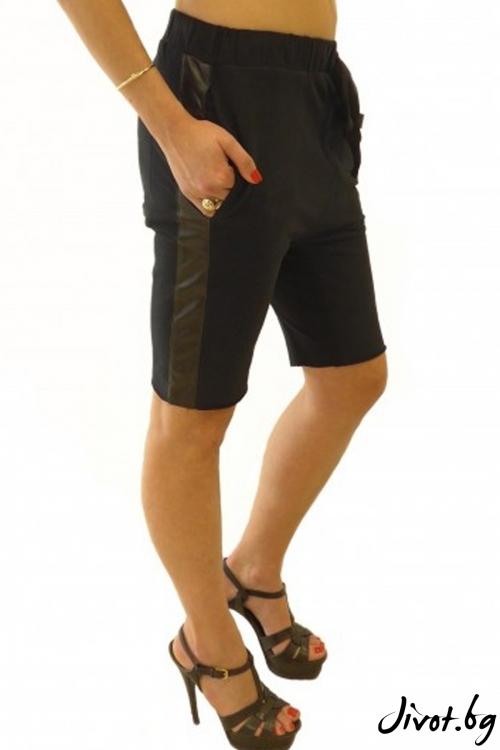 Уникални дамски шорти със страничен кант / TONI DARK