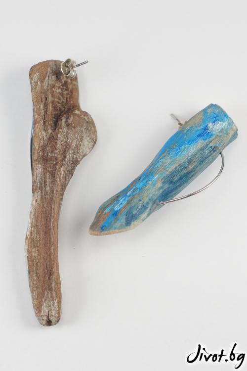 """Обеци от дърво """"Yet again blue"""" / Ива Ралчева"""
